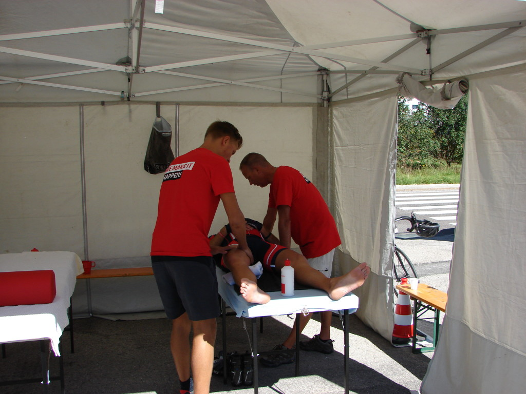Tour for Life 11 - Massagetent Checkpoint 1, Grand'Combe-Châteleu